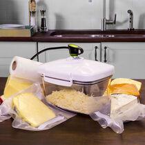 FoodSaver® Rectangular Canister with Bonus Cheese Grater
