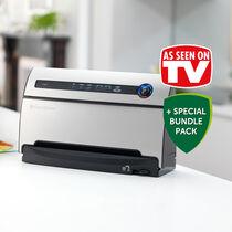 FoodSaver Bundle - As Seen On TV - Vacuum Sealing System + Marinator + x2 Rolls