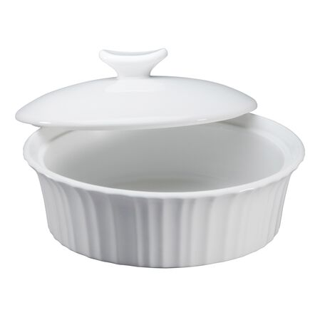 French White® 24-oz Round Baker w/ Ceramic Lid