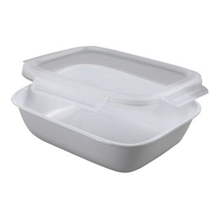 Bake, Serve, Store™ 8 Cup Square Baker w/ Snapware® Lid
