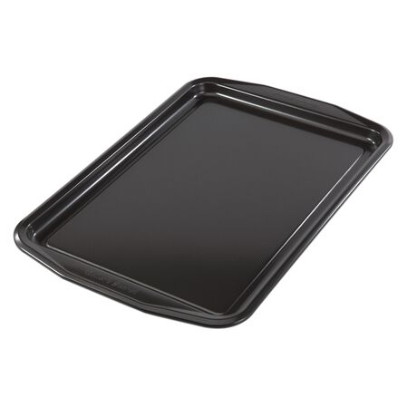 Signature™ Medium Cookie Sheet