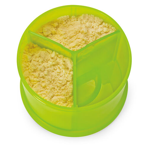 A three-way divider lets you measure out individual portions of powdered formula
