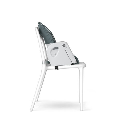 The progres5 highchair easily converts to big kid booster mode with just a few simple steps.