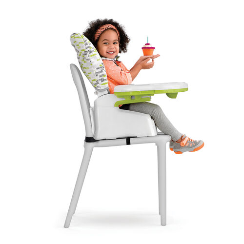 The Stack 3-in-1 booster seat configuration can be set up with or without the tray