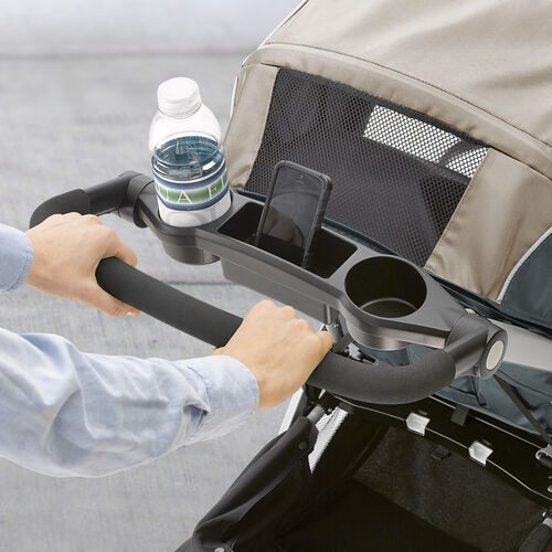 with 2 cupholders and storage compartment, the Bravo stroller is convenient for parents