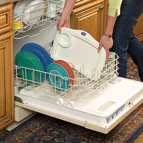 The dishwasher-safe tray of the Chicco 360 Hook On Chair makes cleanup even easier after a meal