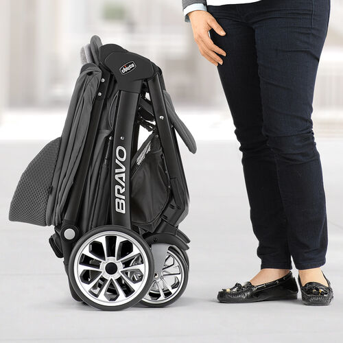 Self-standing fold for Chicco Bravo LE Stroller