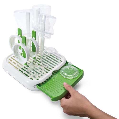 A slide out tray gives you additional room for drying and draining bottles and accessories with the NaturalFit Bottle Drying Rack