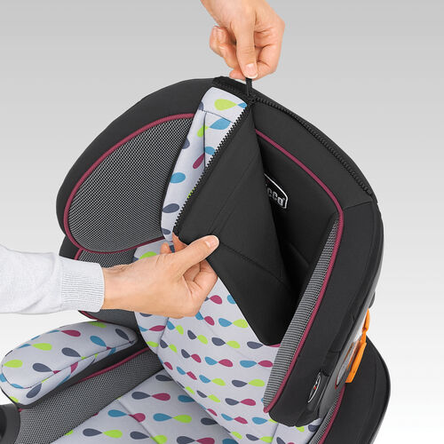 The KidFit Zip 2-in-1 Belt Positioning Booster Car Seat has a machine-washable zip-off backrest to make cleaning a breeze