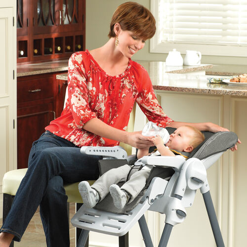 The reclining seat on the Chicco Polly Highchair accommodates feeding for infants and smaller babies