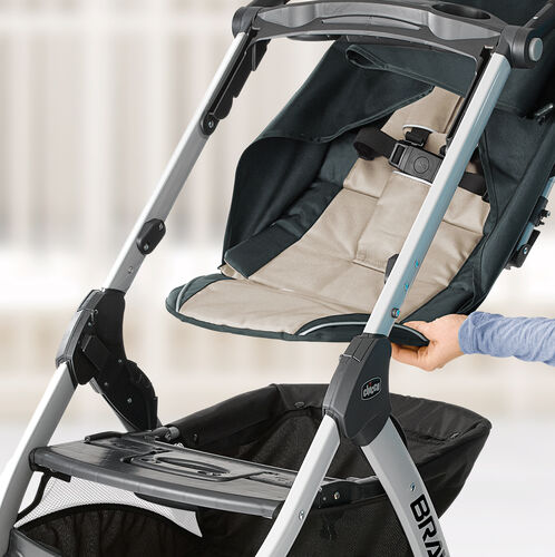 Remove the seat to convert your Bravo stroller into an infant car seat carrier