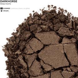 Eyeshadow in color Darkhorse