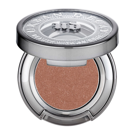 Eyeshadow in color Chopper