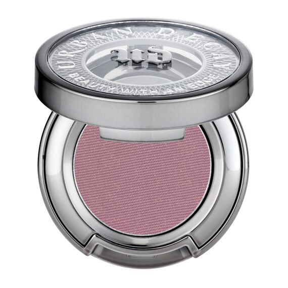Eyeshadow in color Bordello