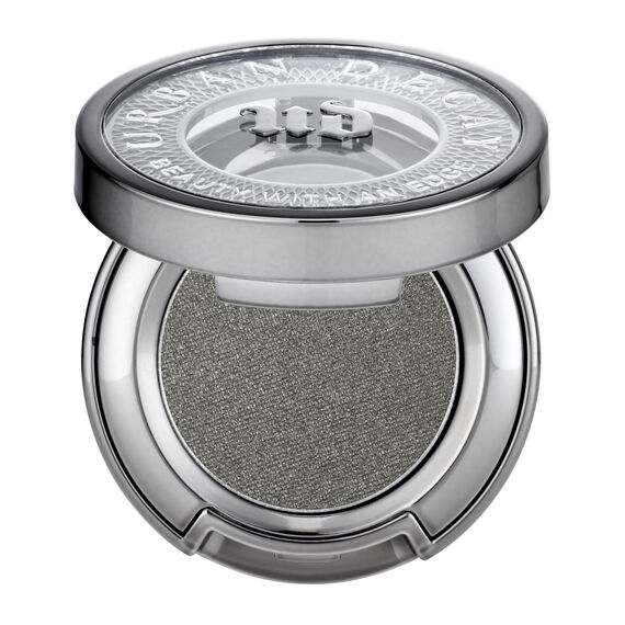 Eyeshadow in color Snare