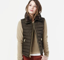 Faux-Fur Collar Quilted Vest