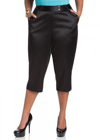 Side Pocket Button Embellished Capri Pant