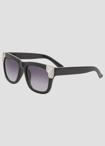 Metal Detail Wayfarer Sunglasses