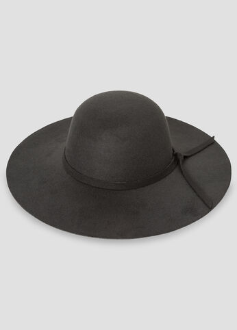 Tie Band Floppy Hat