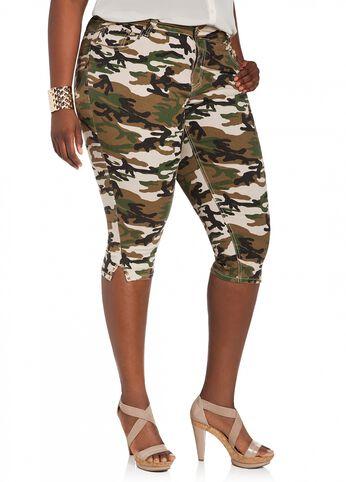 Studded Camouflage Capri Pant