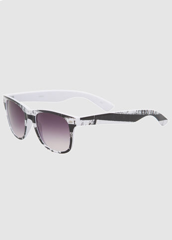 Black White Flag Wayfarer Sunglasses