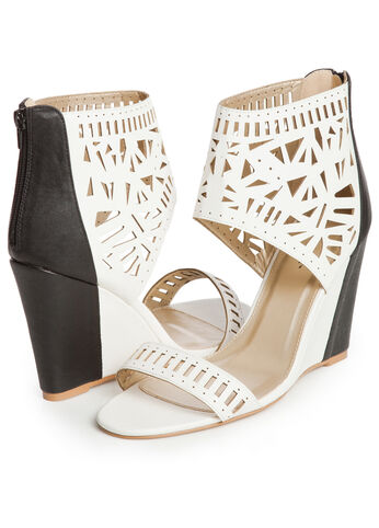 Color Block Perforated Wedges