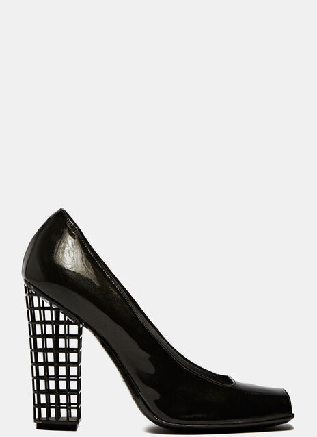 ARCHIVE - Yves Saint Laurent Pumps