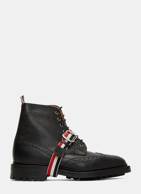 Pebbled Leather Wingtip Brogue Boots