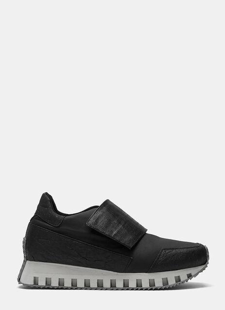 ODYSSEY Velcro Strap Sneakers