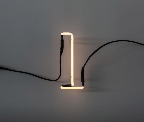 Neon font 'L'
