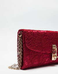 DOLCE CLUTCH IN LACE WITH JEWELED CHAIN