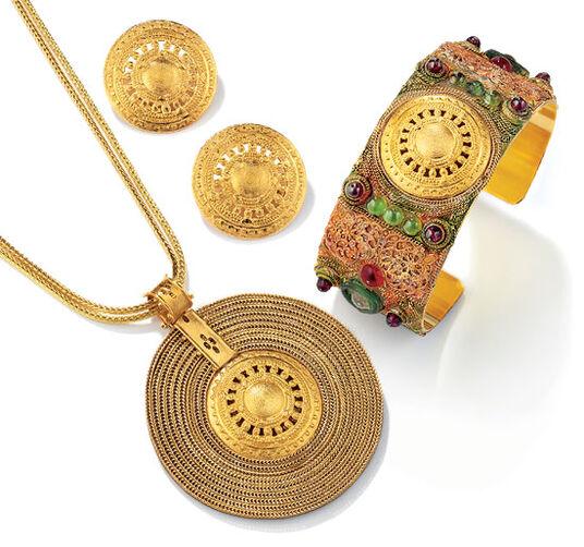 "Petra Waszak: Jewelry set ""Aton Sun Wheel"""