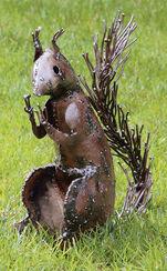 """Gartenfigur """"Eichhörnchen"""", große Version"""