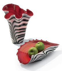 Red and White Glass Vase and Bowl Set (without Decoration)