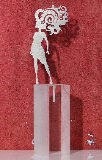 """DOS: Sternzeichen-Skulptur """"Widder"""" (21.3.-20.4.), Edelstahl auf Sockel"""