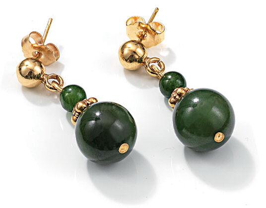 Jade pearls earrings