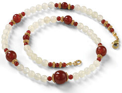 "Necklace ""White Jade"""