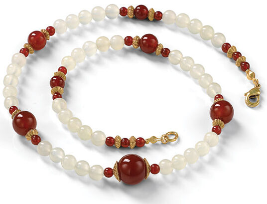"Necklace ""White Jade"""