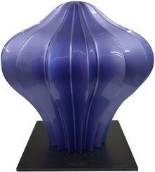 "Skulptur ""Beretto Alu, purple"" (2016)"