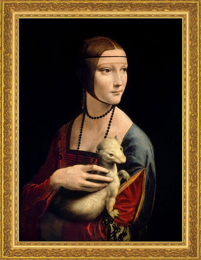 "Leonardo da Vinci: Painting ""Lady with an Ermine"" (1488-90) in museum framing"