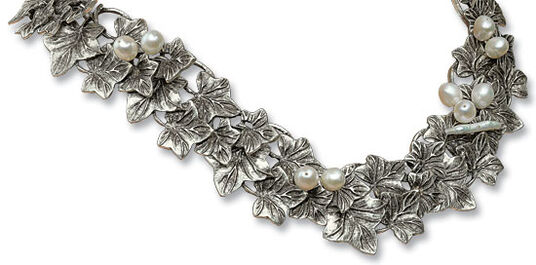 """Anna Mütz: Necklace """"Ivy vines"""""""