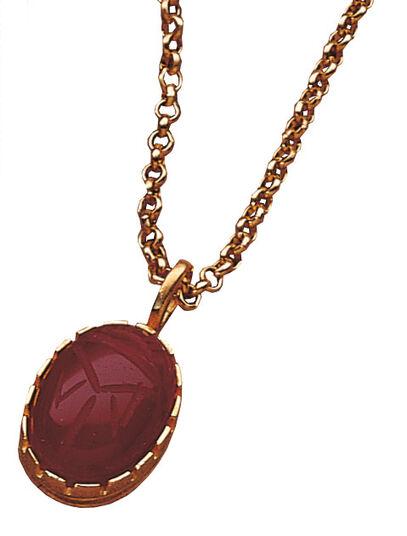 Karneol-Skarabäus mit Halskette