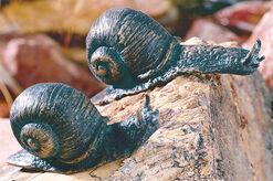 Set of 2 snails - sculptures, bronze