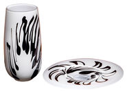 "Set of Glass vase and - Dish ""White Meets Black"""