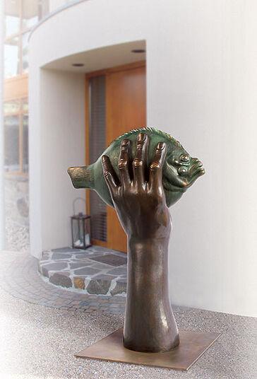 "Günter Grass: Skulptur ""Butt im Griff II"", Bronze"