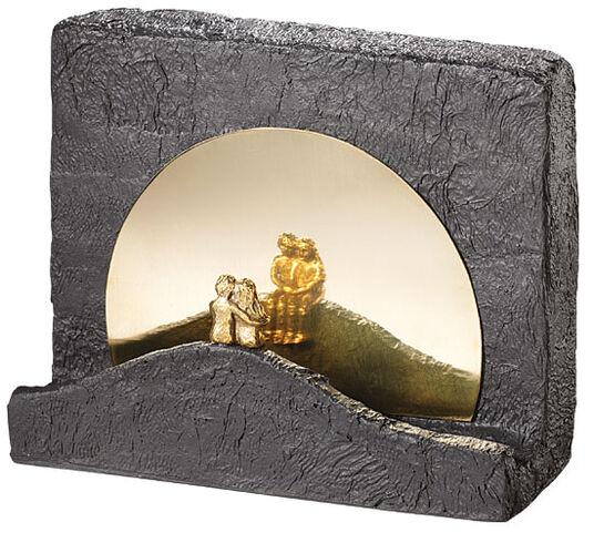 "Kerstin Stark: Sculpture ""Silence"", bronze with cast stone"