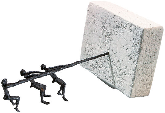 Luise Kött-Gärtner: Sculpture 'Pull Together', bronze and cast stone