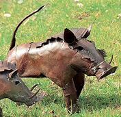 "Garden statue ""Warthog"" (medium-sized version)"