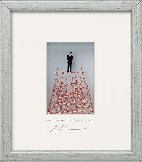 """Three-dimensional glass case """"The hurdles are overcome"""""""