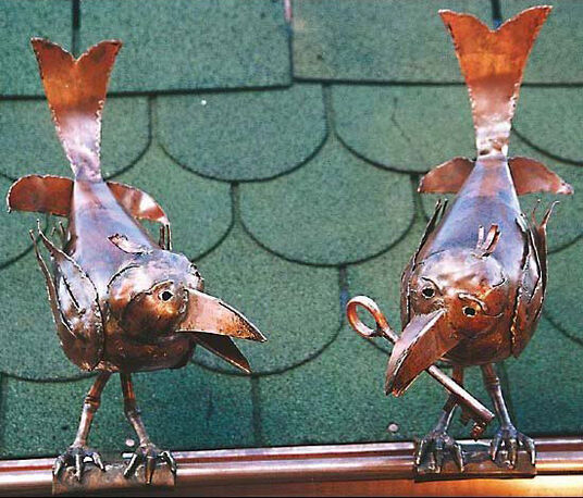"Marcus Beitelhoff: Sculptures ""Two Crown on the Gutter"", copper"